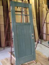 ドア一枚の製作・修理から承ります!