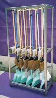 掃除道具収納棚のことなら広島呉市の宮川スチール工房