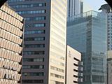 朝7時から夜23時まで   梅田から好アクセスな為、トレーニングしてから出社も可能です。