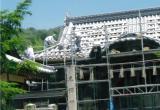 400年ほど前に建てられた神社の屋根の葺き替え行為